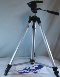 Light tripod